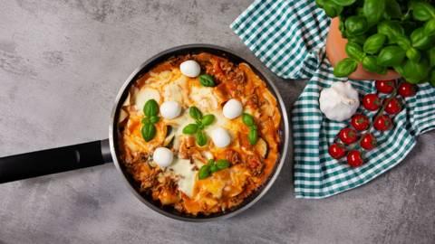 Schnelle Pfannen-Lasagne mit Zucchini