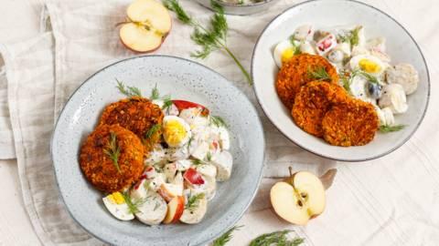Karottenpuffer mit cremigen Kartoffelsalat