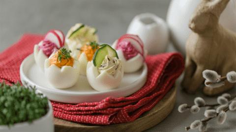 Gefüllte Eier mit dreierlei Aufstrich