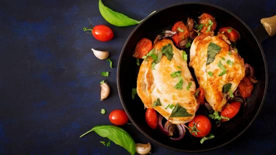 Hendlbrustfilet mit Tomaten