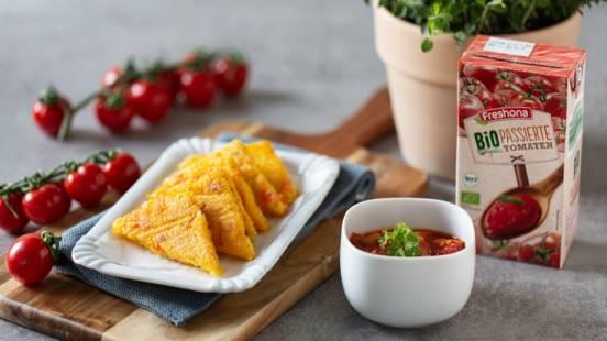 Polentaecken mit Tomatenragout