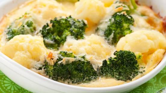 Brokkoli-Karfiol-Erdäpfel-Auflauf