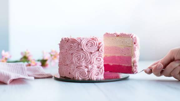 Ombré-Torte mit Buttercreme-Rosen