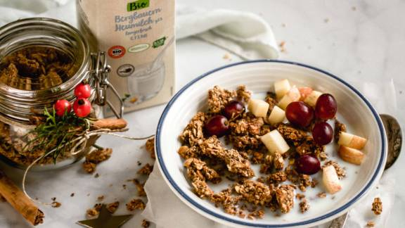 Knuspriges Zimtgranola