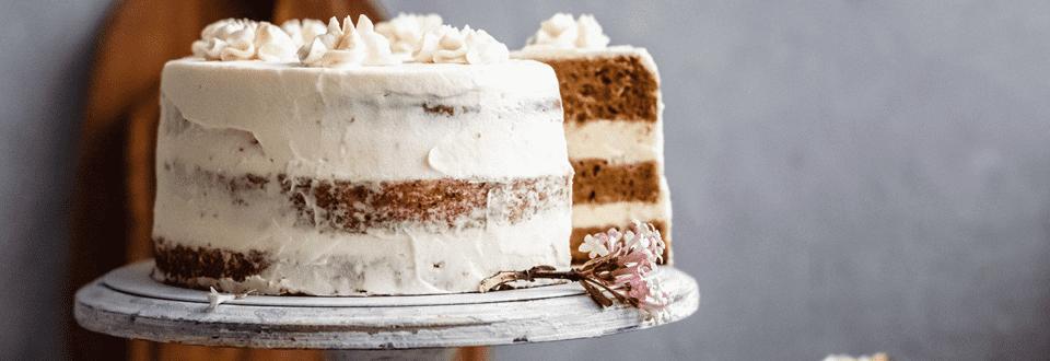Karottentorte mit Weiße-Schokolade-Frosting