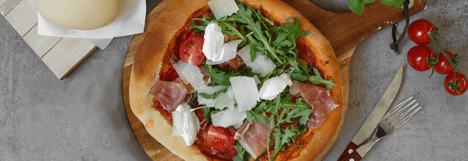 Pizza selber machen: Pizzateig & Pizzasauce