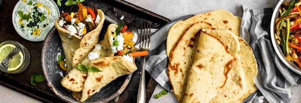 Wraps mit gegrilltem Gemüse und Kräutersauce